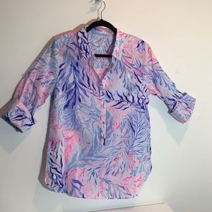 Lilly Pulitzer NWT Captiva Tunic.  Gold buttons. M